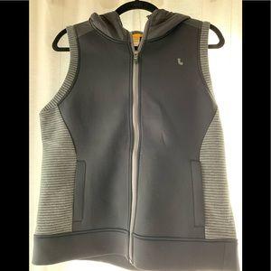 Hooded lole vest (front pockets)